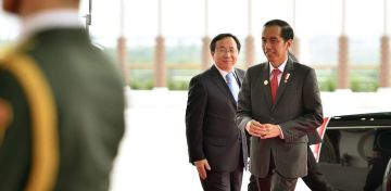 Slideshow Omnibus Law to Create a Friendly Investment Climate president joko widodo